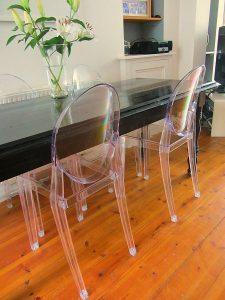 cadeira de acrílico