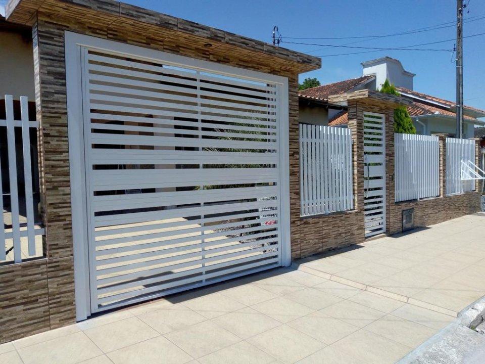 portão basculante alumínio e grade eletrostatica
